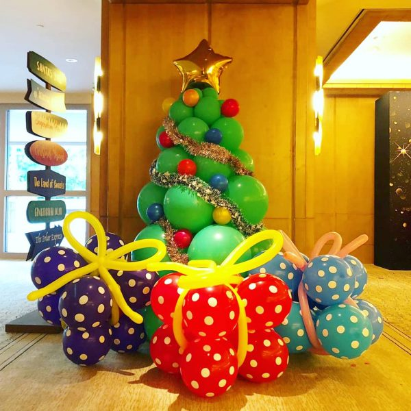 Balloon Christmas Tree Singapore copy 3