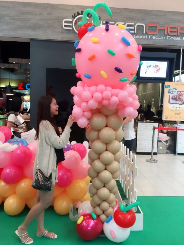Large Balloon Ice Cream Sculpture 2