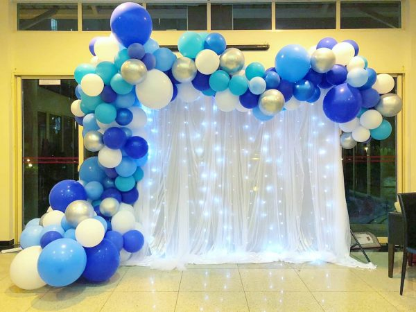 Organic Balloon Arch Decoration