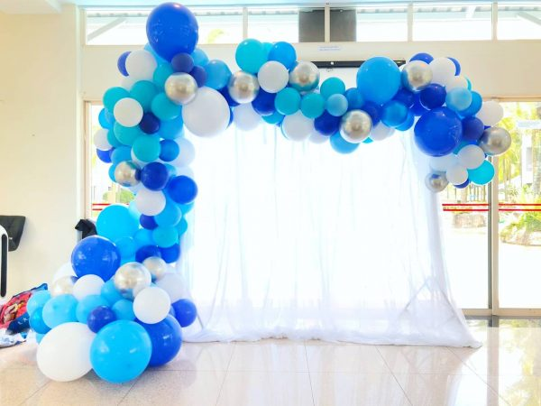 Organic Balloon Decoration