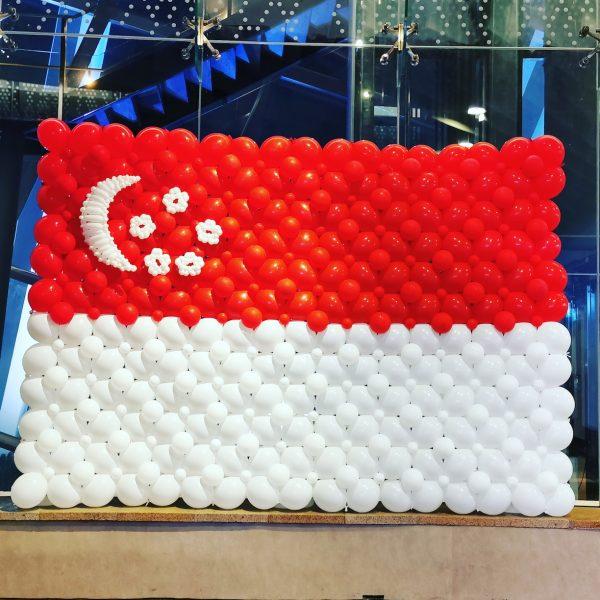 Singapore Flag Balloon Backdrop Decoration