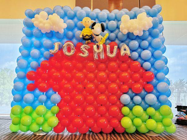 Snoopy Balloon Backdrop Decorations