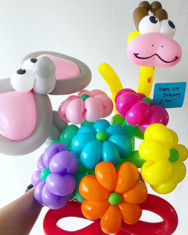Customised Balloon Animal Flowers Sculpture