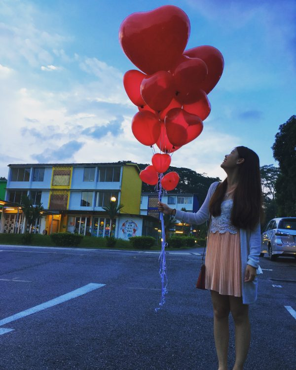 Valentines Day Helium Balloons scaled