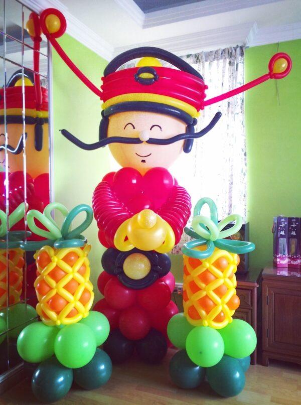 Cai Shen Ye Balloon Sculpture 1