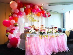 Organic Balloon Decorations copy 2